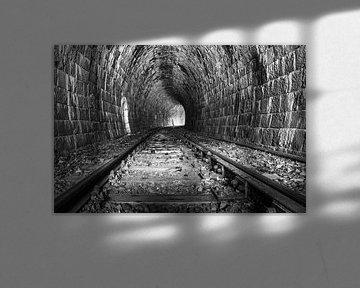 Eisenbahntunnel von Berthold Ambros