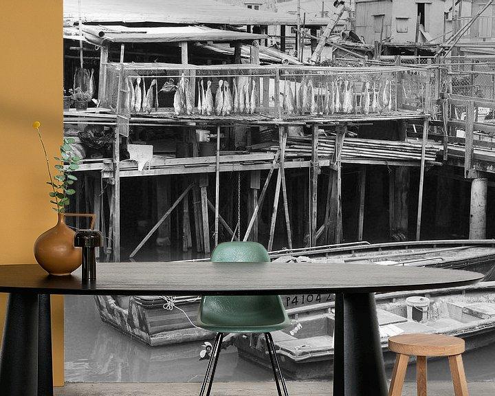 Sfeerimpressie behang: Vissersdorp Hongkong van Inge Hogenbijl