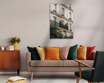 Een huis in Parijs met luiken | Reisfotografie Frankrijk, Parijs van Amy Hengst
