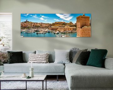 Panorama opname oude haven in Marseille Frankrijk van Dieter Walther