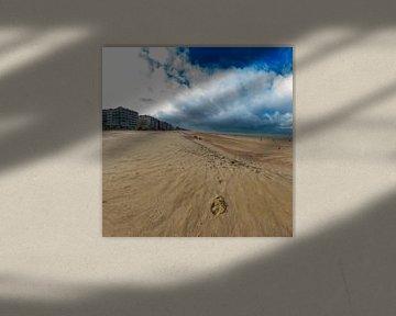 Fußabdruck am Strand von Youri Mahieu