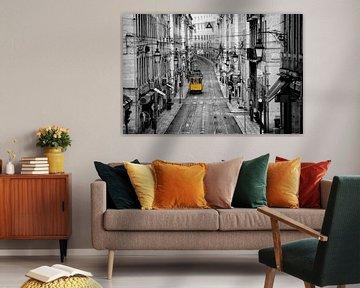 Tramway jaune Lisbonne sur Rob van Esch