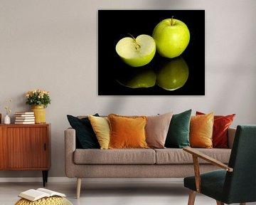 Groene appel en halve appel van Achim Prill