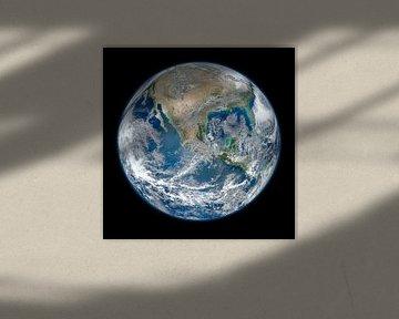 Le marbre bleu sur Space and Earth