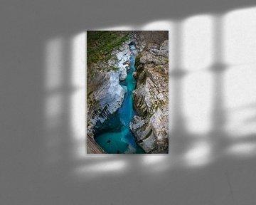 Soča rivier te Slovenië van Joost Buskermolen