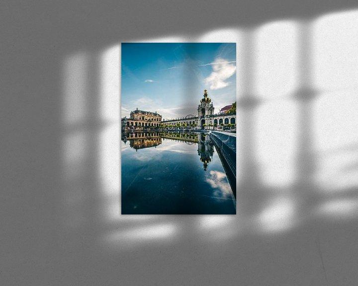 Sfeerimpressie: Zwinger Dresden, overdag weerspiegeling in het water van Fotos by Jan Wehnert