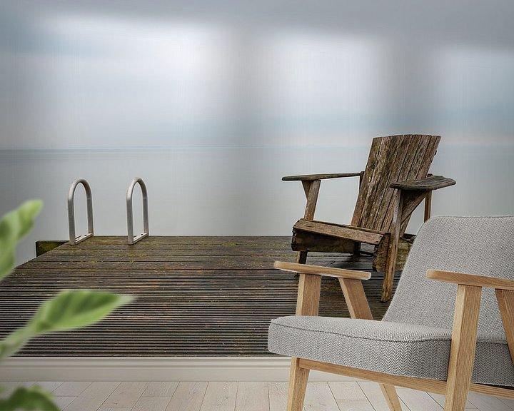 Sfeerimpressie behang: Stoel op de steiger van Mark Bolijn