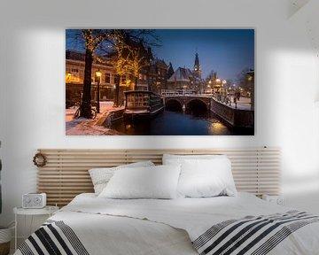 Centrum Alkmaar - Bloemenschuit en Waagtoren in de winter