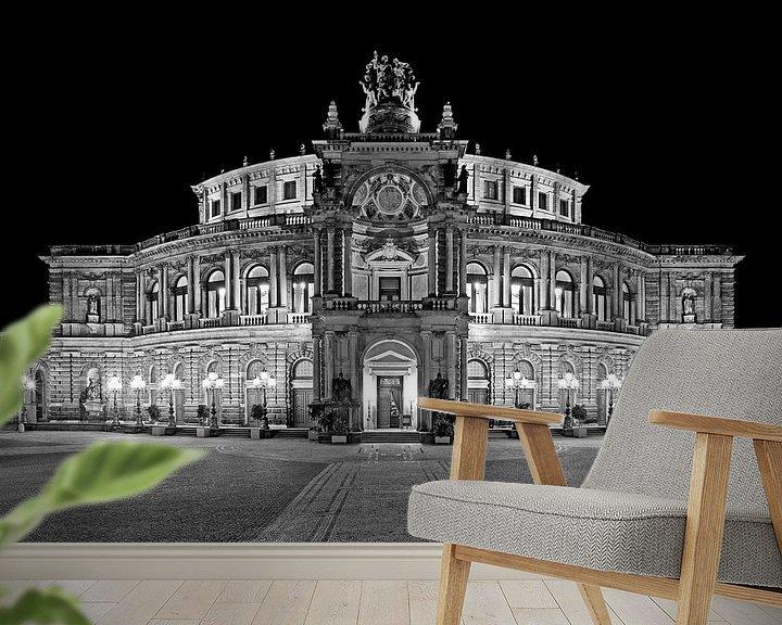 Sfeerimpressie behang: Semper Operagebouw Dresden bij nacht van Frank Herrmann