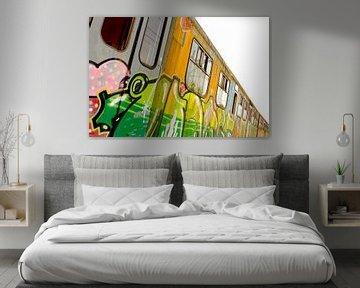 Oude vervallen trein (1 van 4) van Jeroen Gutte