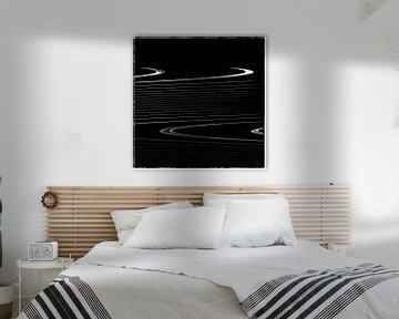 Geometrische Linien - gewellte Streifen auf schwarz von Christine Nöhmeier