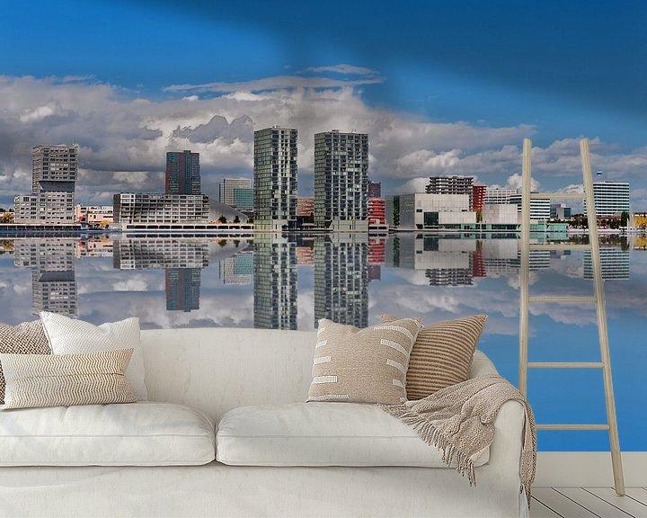 Sfeerimpressie behang: Almere Stad  skyline gespiegeld. van Brian Morgan