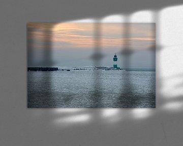 Le phare de Sassnitz sur la mer Baltique gelée sur Alphapics