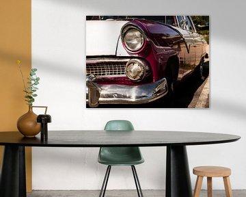 Spatbord van een oldtimer in Havana Cuba van Dieter Walther