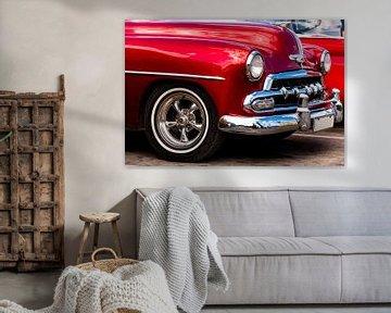 Details van een rode oldtimer in Havana Cuba van Dieter Walther