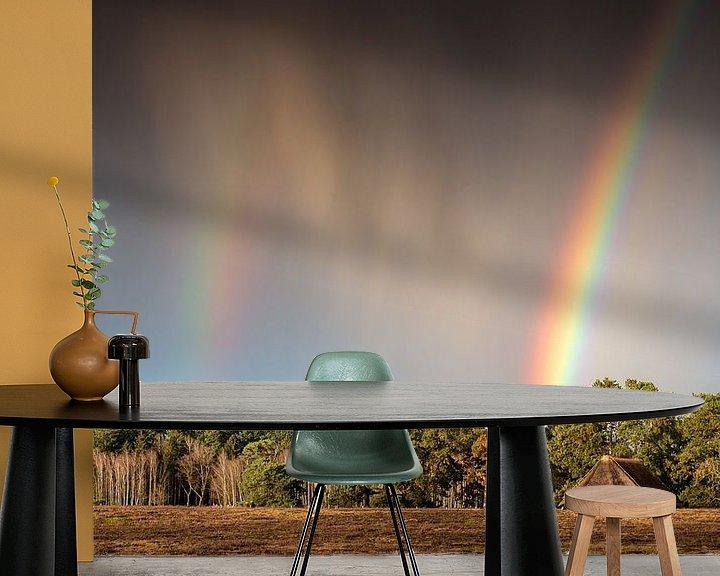 Sfeerimpressie behang: Rain en rainbow van René Vierhuis