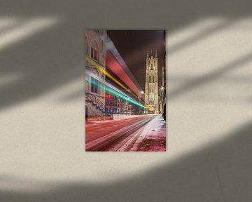 Bei Schneefall die St.-Bavo-Kathedrale in Gent . von Marcel Derweduwen