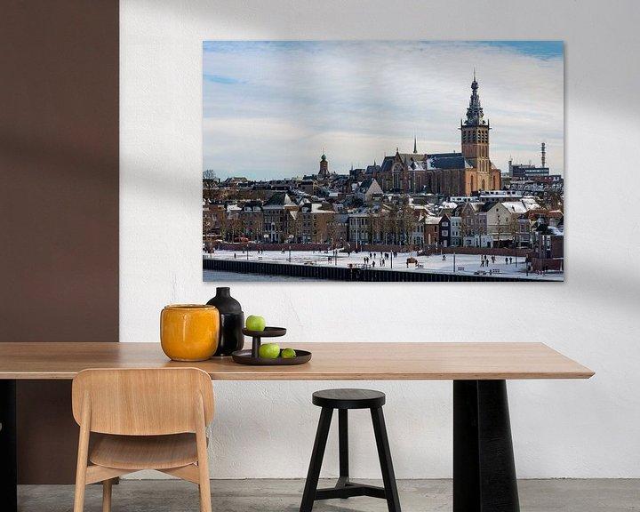 Sfeerimpressie: Nijmegen in de sneeuw van Maerten Prins