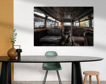 Ein alter Bus mit einer Überraschung von Digitale Schilderijen