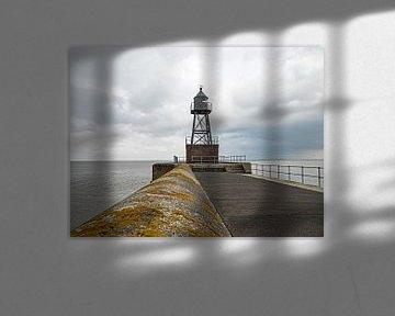 Mole mit Leuchtturm in Wilhelmshaven von Katrin May