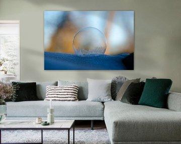 Winter - Bevroren zeepbel VIII van Gerben van den Hazel