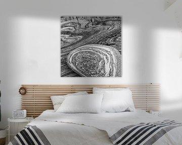 abstractie in steen van Ko Hoogesteger
