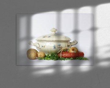 Stilleven oma servies  van Watze D. de Haan