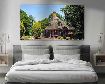 Gebouw met rode klinkers en rieten dak van Babetts Bildergalerie