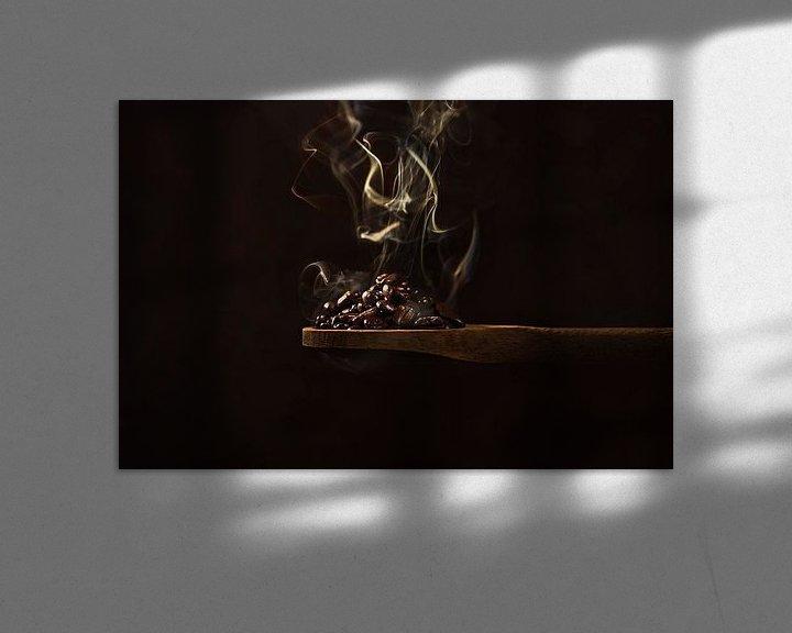 Sfeerimpressie: Brandende koffiebonen, burning coffee beans van Corrine Ponsen