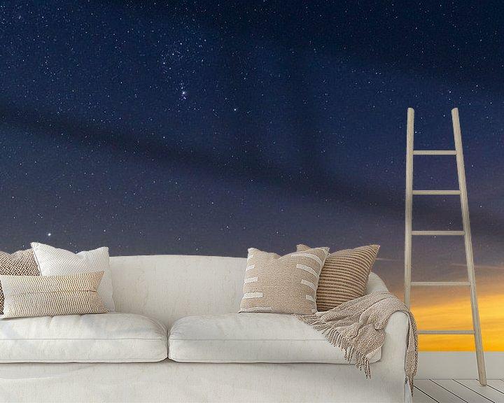 Sfeerimpressie behang: Orion boven de Waddenzee met ijschotsen van Marjolein van Roosmalen