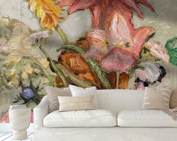 Sfeerimpressie behang: Veldboeket met tulpen van Tanja Koelemij