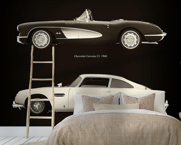Sfeerimpressie behang: Chevrolet Corvette C1 1960 en Aston Martin DB5 1963 van Jan Keteleer