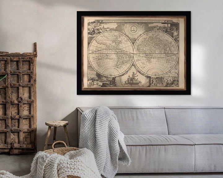Sfeerimpressie: Oude Wereldkaart van omstreeks 1700 van Gert Hilbink