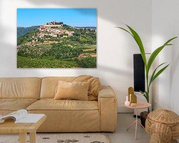Blick auf Motovun, Kroatien von Katrin May