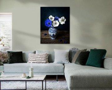 Hollands stilleven, anemonen van Joske Kempink