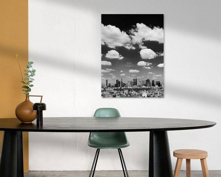Impression: TOKYO 08 - La ligne d'horizon de Shinjuku en noir et blanc sur Tom Uhlenberg