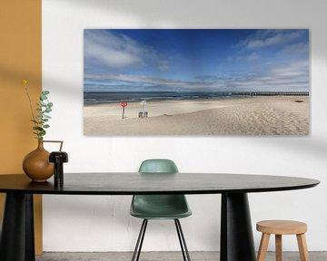 Verlaten strand van Mister Moret Photography