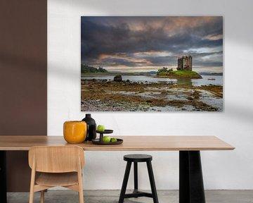 Castle Stalker in Schotland van Tim Vlielander