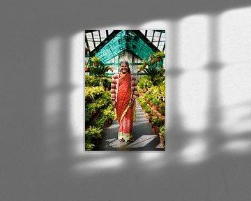 Portret in plantenkas Zuid-India