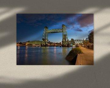 De hef brug van Prachtig Rotterdam