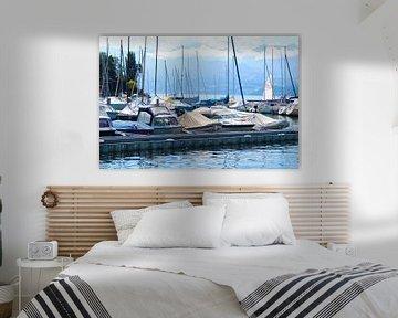 Boote in einem Hafen am Thunersee in der Schweiz von Marvin Taschik