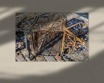 Roestig winkelkarretje op kasseien van MPfoto71