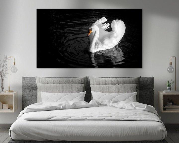 Sfeerimpressie: Dreigende zwaan van Jan van der Knaap