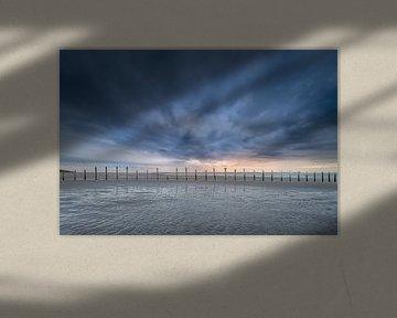 Knallende zonsondergang van Jacqueline de Groot