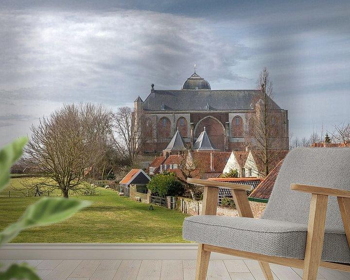 Sfeerimpressie behang: Zicht op Grote Kerk, Veere. van André Russcher