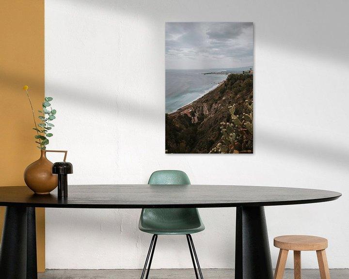 Beispiel: Blick auf das Meer von Taormina Stadt, Sizilien Italien von Manon Visser