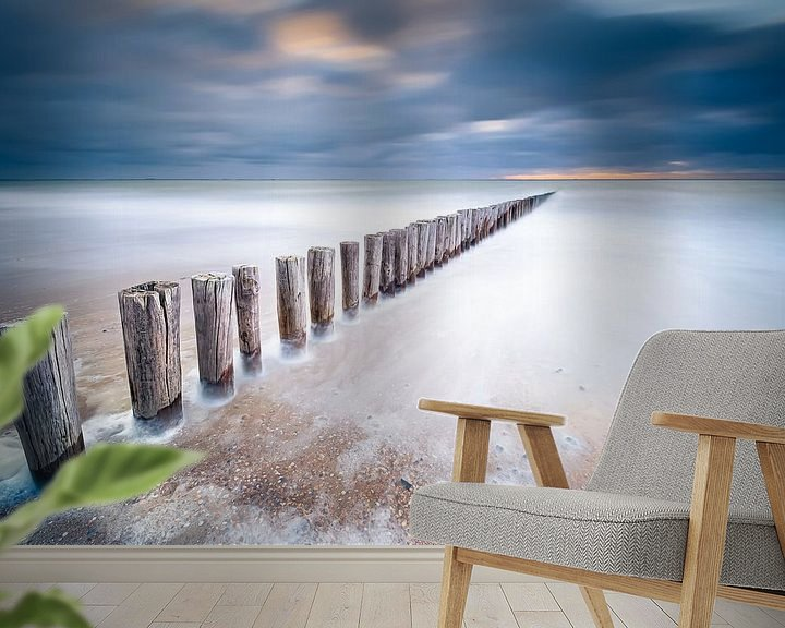 Sfeerimpressie behang: Zee van glas van Sander Poppe