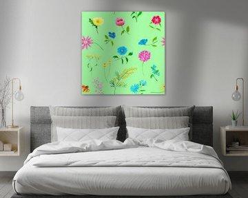 Fleurig naadloos bloemenpatroon op groene achtergrond van Ivonne Wierink