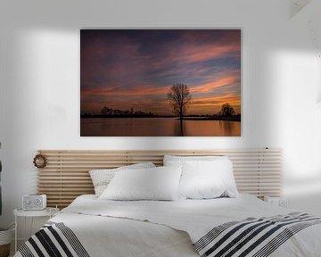Mooie luchten aan de rivier van René Groenendijk