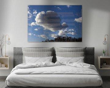 Wolken spiegeling. van Jan Katuin